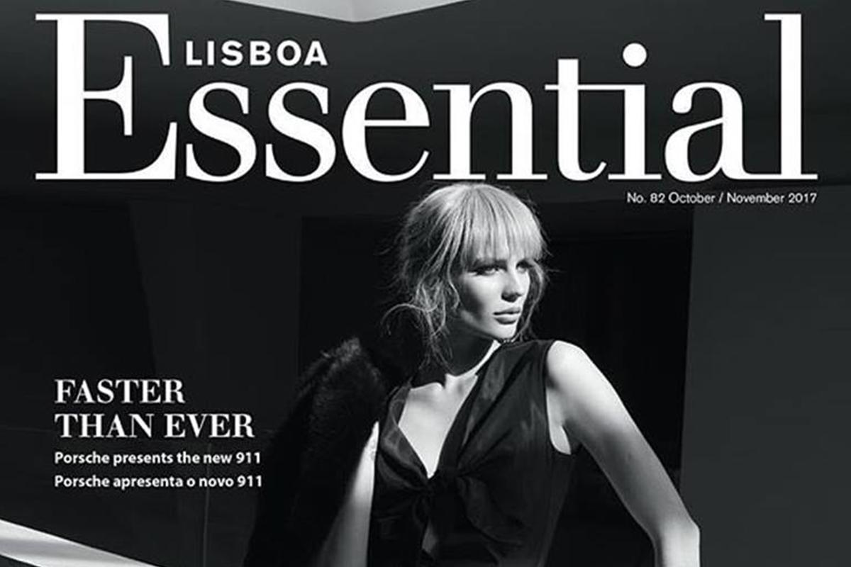 Karina Kukshtel capa da revista ESSENTIAL
